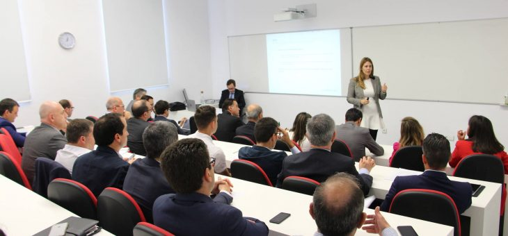 Medio centenar de empresarios de referencia en Málaga se reúnen hoy en el Foro del Sector Financiero