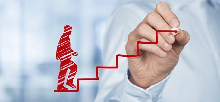Las 5 claves para mejorar en tu carrera profesional